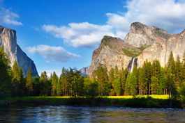 Yosemite National Park - view of Half Dome